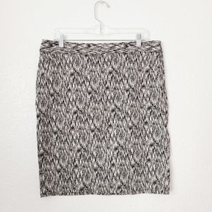 The Limited 14 Black/White Abstract Pencil Skirt